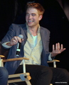 New/Old Pictures of Rob and Kristen at the Eclipse TwiCon (2010)  - twilight-series photo