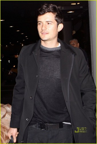 Orlando Bloom: LAX Landing