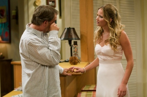 제니퍼 로렌스 바탕화면 possibly with a 칵테일 dress, a dress, and a 드레스 entitled The Bill Engvall Show: 2x10 Promzilla episode stills