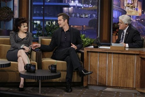 Timothy Olyphant پیپر وال with a living room, a drawing room, and a business suit titled The Tonight دکھائیں with جے Leno - February 1st, 2011