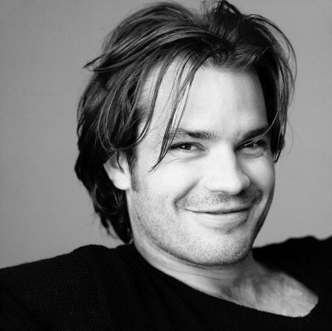 Timothy Olyphant پیپر وال possibly containing a portrait called Timothy Olyphant