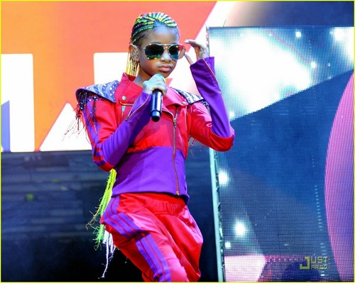 Willow Smith: Pranked سے طرف کی Jaden and Justin Bieber!