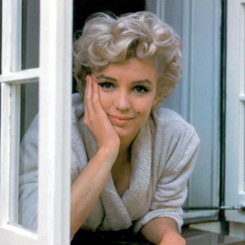 Ya Gotta Love Marilyn!