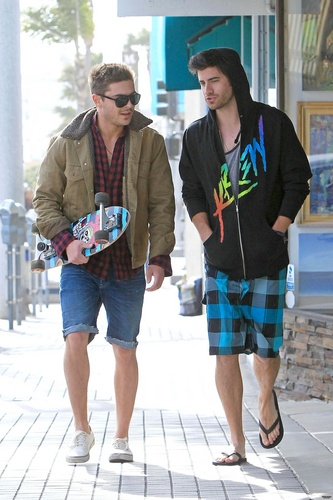 Zac Efron - At Manhattan strand In California 2011