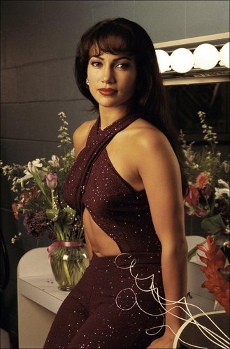 Selena (the movie) वॉलपेपर possibly containing a कॉकटेल dress and a bouquet entitled selena