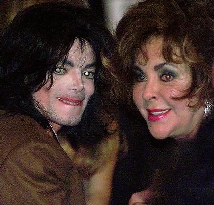 <3Elizabeth and Michael<3