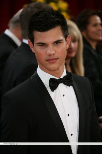 82nd Annual Academy Awards, 2010- Taylor <3