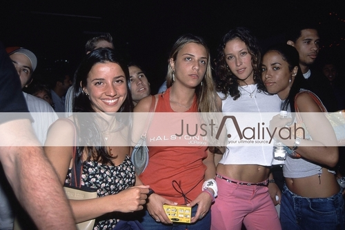 Aaliyah on Samantha Ronson Performance