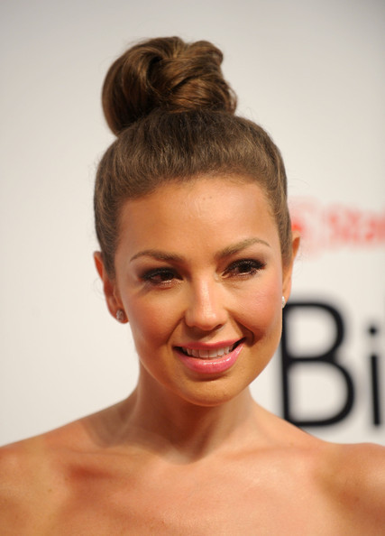 http://images4.fanpop.com/image/photos/20400000/Billboard-Latin-Music-Awards-29-04-2010-thalia-20436179-427-594.jpg