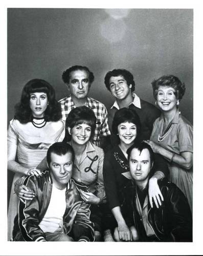 Laverne & Shirley wallpaper titled Cast pic