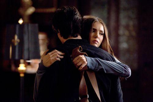 Damon/Elena 2x12 ღ