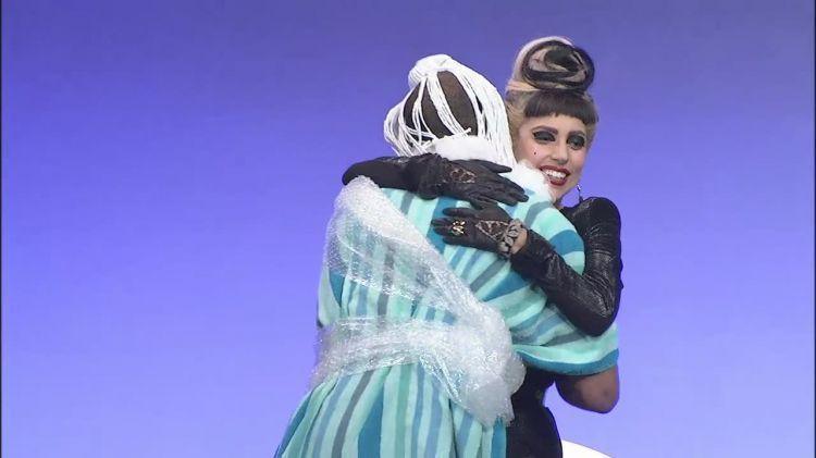 谷歌 Goes Gaga Screencaps