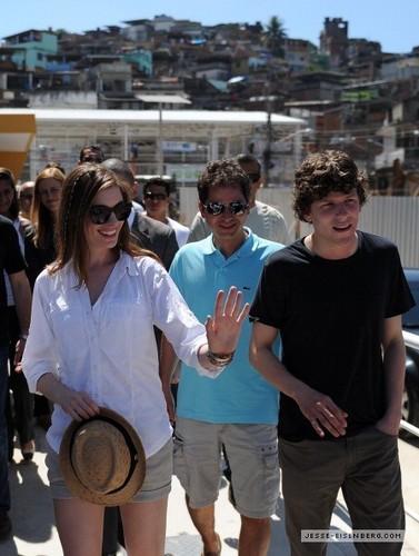 Jesse and Anne promote 'Rio'
