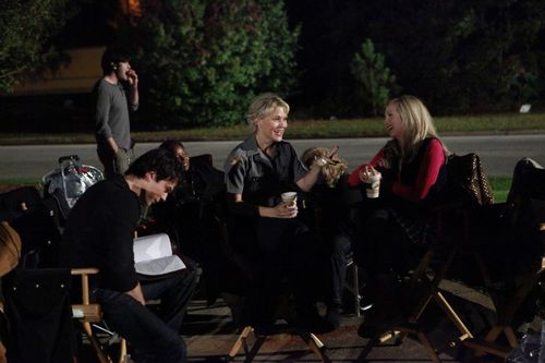 New HQ TVD BTS Stills of Candice as Caroline (1x10: The Turning Point)!