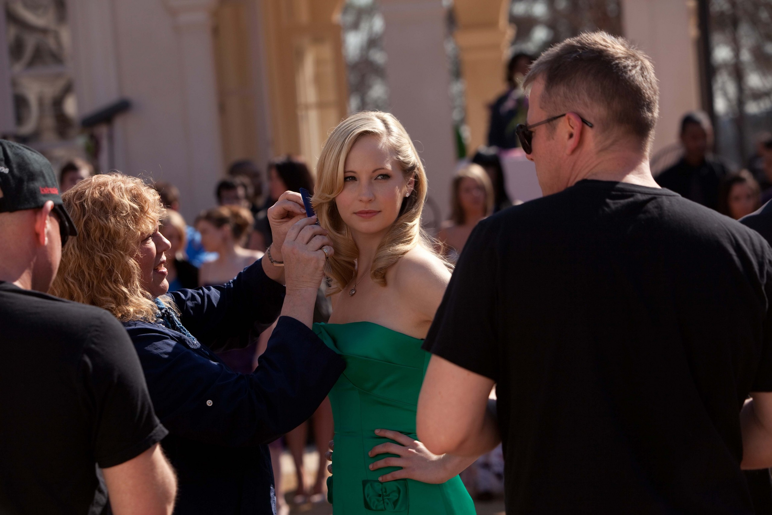 New HQ TVD BTS Stills of Candice as Caroline (1x19: Miss Mystic Falls)!