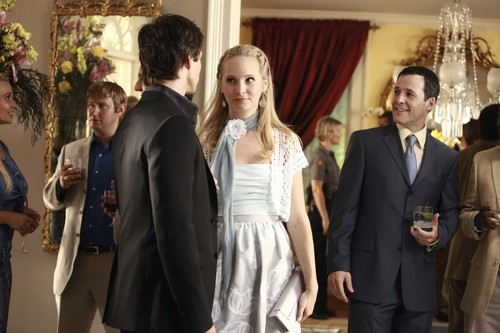 Caroline Forbes वॉलपेपर with a business suit called New HQ TVD Stills of Candice as Caroline (1x04: Family Ties)!