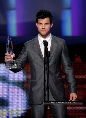 People's Choice Awards, 2010- Taylor <3