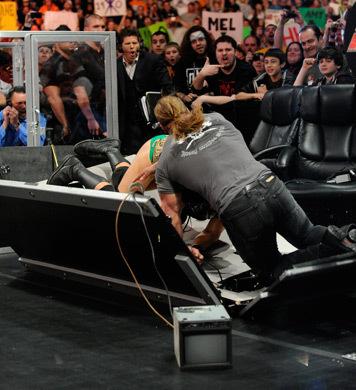 RAW 21-3-2011