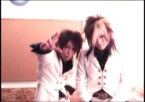 Uruha and Aoi