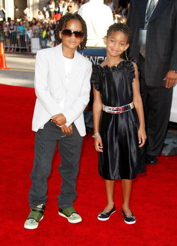 aww!! jaden and willow! x
