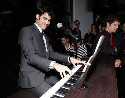 An evening with Darren Criss - AIDS Project  Los Angeles (March 26th 2011) - darren-criss Photo