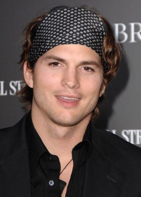 Ashton Kutcher - ashton-kutcher photo