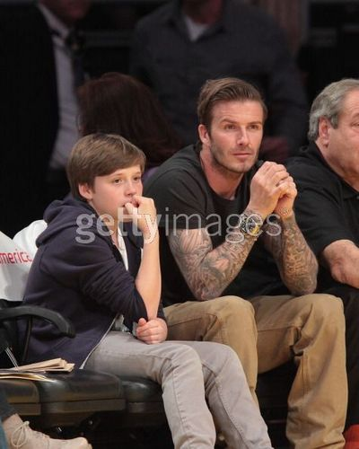 Beckham and Tom Cruise link up at the Lakers - 27 March 2011