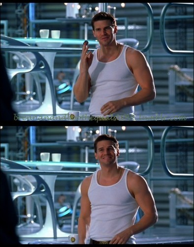Booth<3