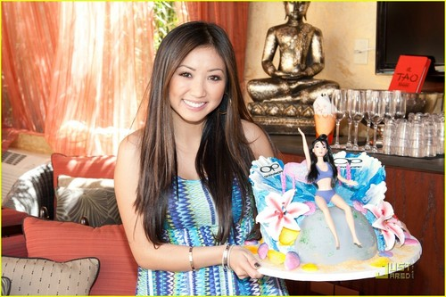 Brenda Song: Tao strand Birthday Bash in Las Vegas!