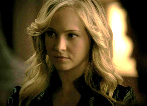 Caroline Forbes 壁紙 probably with a portrait entitled Caroline Forbes [HQ]. ♥
