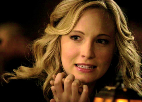Caroline Forbes 壁紙 probably containing a portrait entitled Caroline Forbes [HQ]. ♥