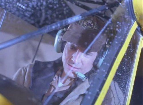 puñal, dirk Benedict