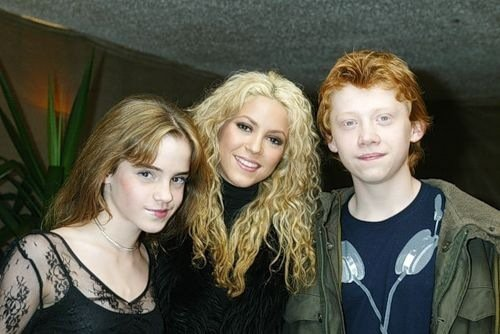 Emma And Rupert With Shakira!