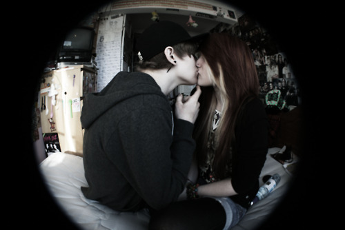 Wallpaper Emo Love couple : Emo couples! - Emo Love Photo (20530046) - Fanpop