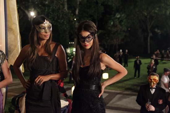 Katherine Pierce And Adrianna Papell Black Lace Dress