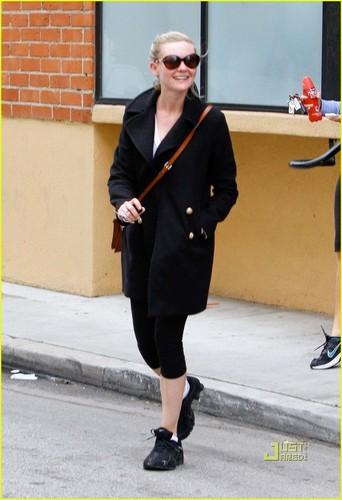 Kirsten Dunst: Studio City Workout