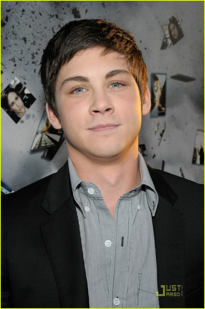 Logan Lerman - Picture Gallery