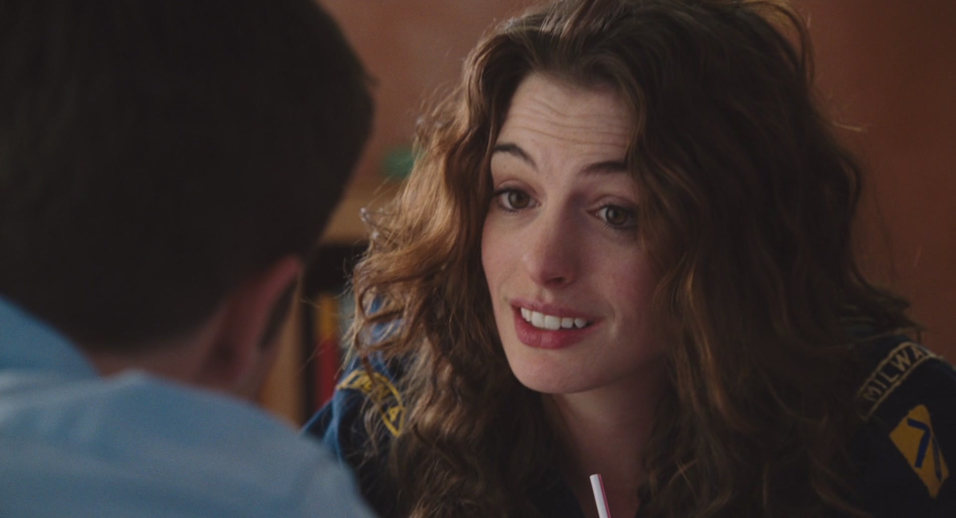 Anne hathaway love and other drgs 3