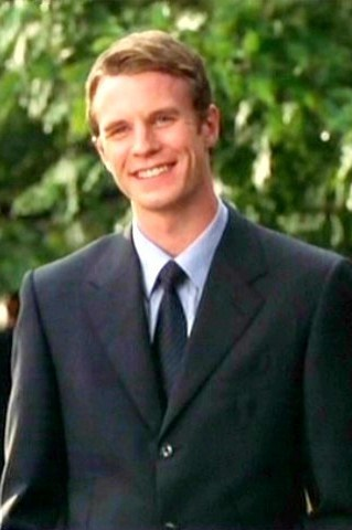 luke mably combat hospital