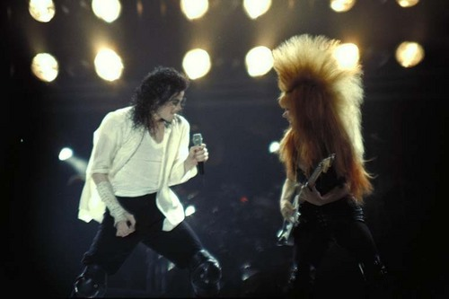 Dangerous era 바탕화면 containing a 음악회, 콘서트 titled MJJ :D