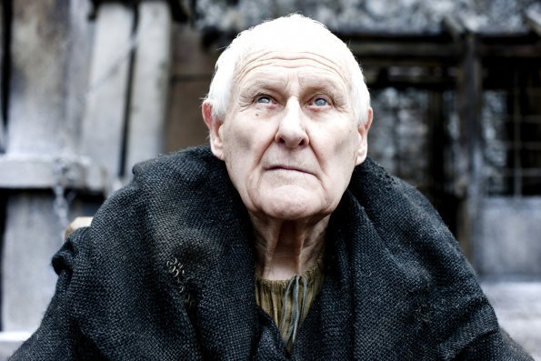 Video Game/Anime Crushes [Hopefully Isn't Explicit] Maester-Aemon-game-of-thrones-20577508-595-397