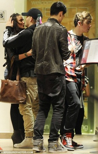 Maxchelle = True Love  (Radisson Edwardian Hotel) Nathan & Siva 2 (Wink) 100% Real :) x - the-wanted Photo