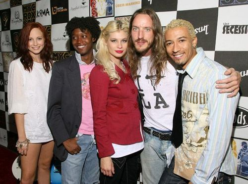 New/Old fotos - Candice at the MYCuvSOL Album Release Party and Fashion Show! [2006]