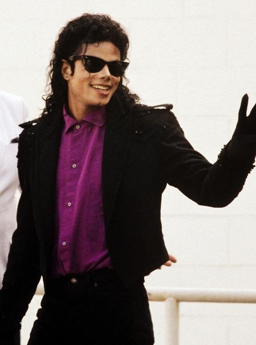 OMG He's Wearing Purple ^.^