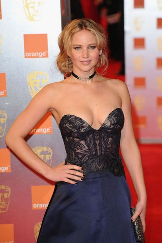 কমলা British Academy Film Awards - Arrivals (February 13th, 2011)