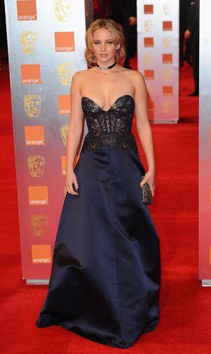 trái cam, màu da cam British Academy Film Awards - Arrivals (February 13th, 2011)