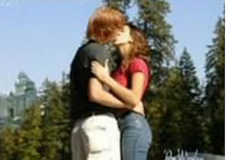 Ron and Hermione Kissing: Real of Fake