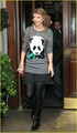 Taylor Swift: Panda Pause For Fans - taylor-swift photo