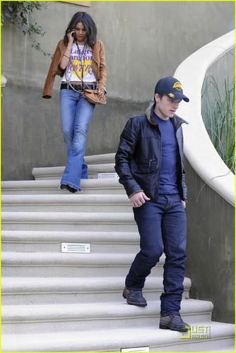 Vanessa & Josh Go to LA Lakers Game