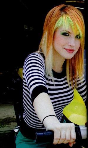 Yellow Bangs 2007